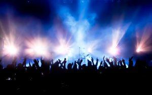 Obsługa techniczna eventów, imprezy masowe i wynajem telebimów