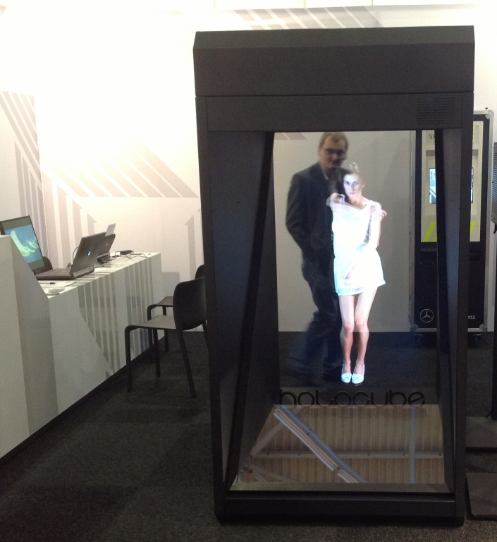 Holo Box XXL, EMG Events, Hologram Showcase Display