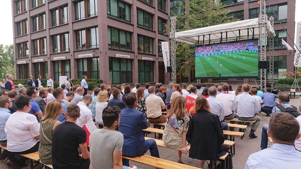 Jak zorganizować strefę kibica podczas EURO 2021